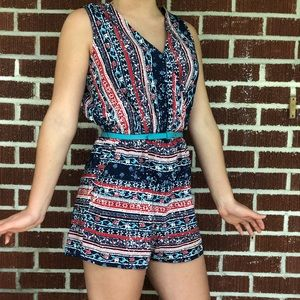 Lady's loose v neck short jumpsuit rompers